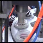 अर्मी स्वयंचलित मिनी रोटरी आइस क्रीम कप भरणे आणि सीलिंग मशीन